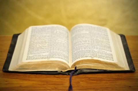 Photo medium biblia67